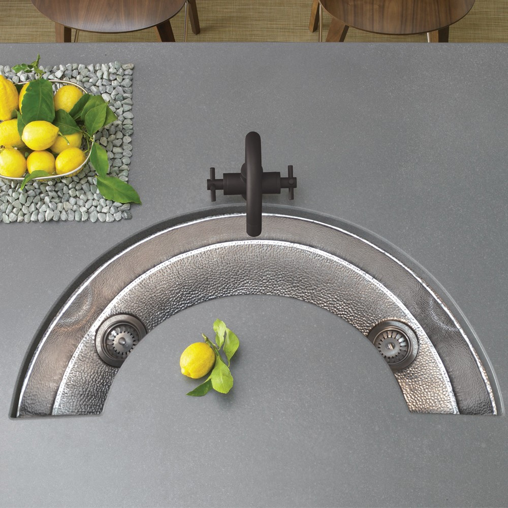 полукруглая мойка для кухни из металла
